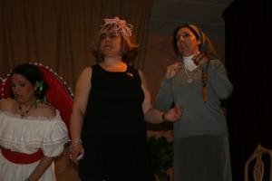 Grupo de teatro Alquimia T representando la obra 'La Boda'