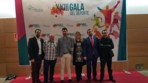 Alcalde de Añover de Tajo con el Diputado de IU-Ganemos en la Diputación de Toledo Jorge Vega y trabajadores de Diputación