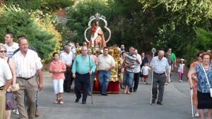 Subida de la imagen de San Bartolomé hasta la parroquia (22)